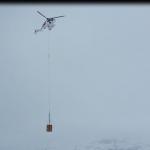 Spezielle Baustellen brauchen spezielle Transportmittel: ecureuil as 350 von Air Zermatt